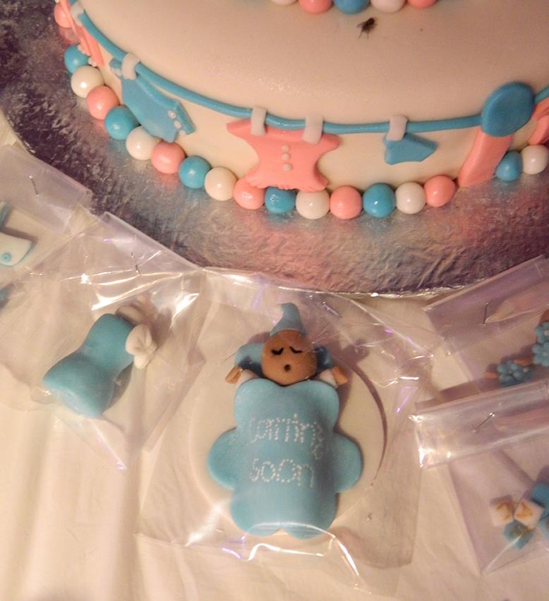 Sleeping Baby Fondant Favor Hyderabad Cupcakes