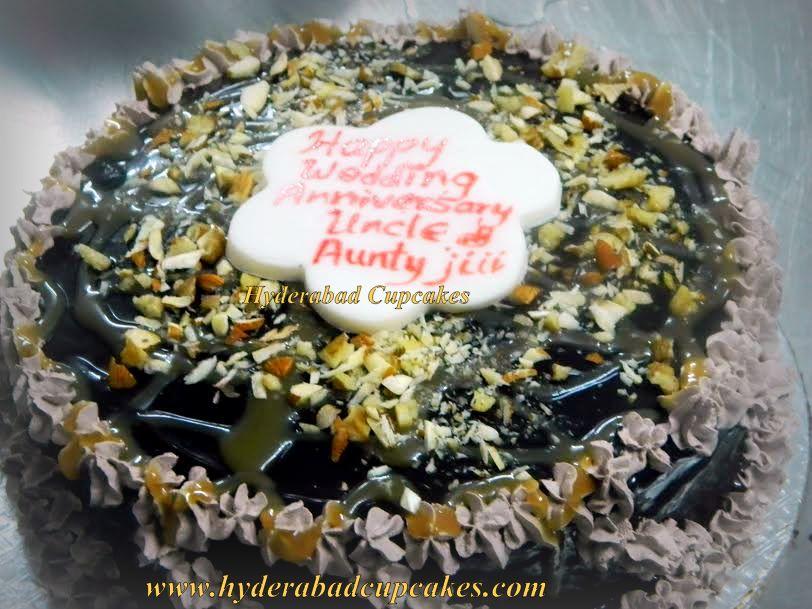Turtle Gourmet Chocolate Walnut Caramel Cake Hyderabad Cupcakes