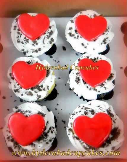 Valentines Cupcakes Hearts Tuxedo Hyderabad Cupcakes