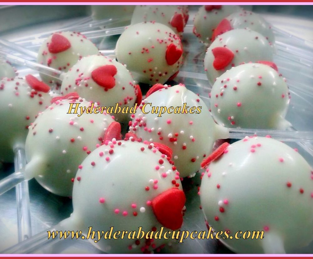 Valentines Day Cake Pops White Pink Red Hearts Hyderabad Cupcakes
